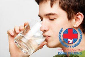 Uống thêm nhiều nước giai đoạn này