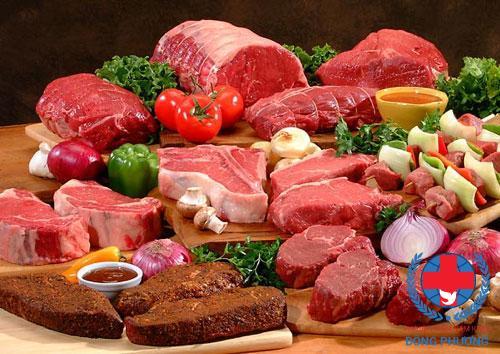 Cần kiêng các loại thức ăn nhiều đạm để phòng suy thận