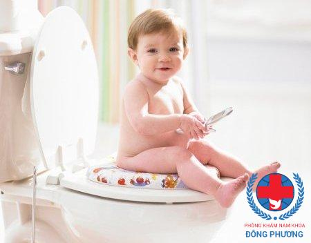Tập cho trẻ thối quen tự đi tiểu