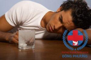 Triệu chứng đau tinh hoàn thường gặp ở nam giới
