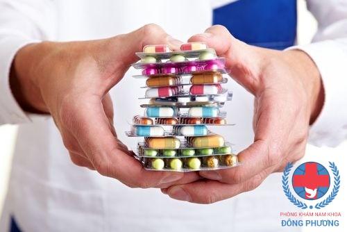 Nguyên nhân nào khiến viêm niệu đạo kháng thuốc