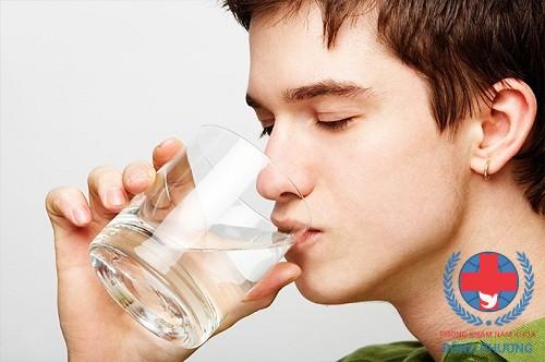 Bệnh viêm tiết niệu là gì? Có gây nguy hiểm cho nam giới?