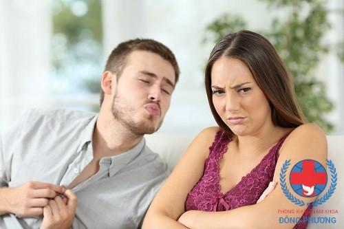 Tinh dịch có mùi hôi khiến nam giới gặp nhiều khó khăn trong cuộc sống hằng ngày!